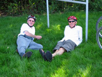 Cycling holidays with Mercurio Bike Travel: Guests having a break